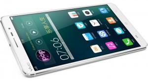 blu vivo iv price in usa 300x164 باریک ترین گوشی جهان تنها با ۵/۵ میلی متر ضخامت