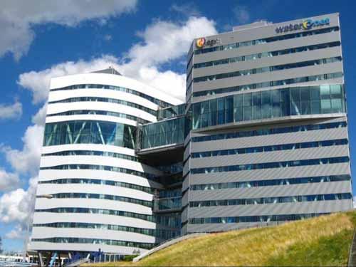 fc3f849707d71005a3b8cee53a073292 XL ساختمانی که آب یک شهر را تصفیه میکند