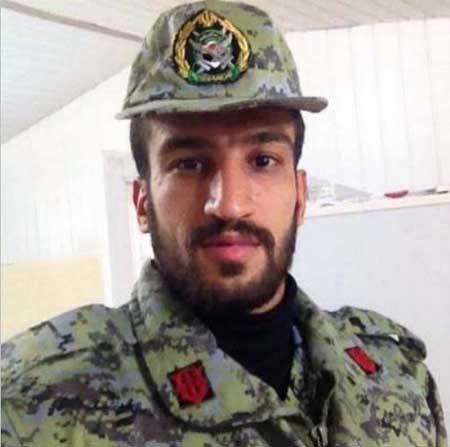 59054 8394 حسین ماهینی در لباس مقدس سربازی / عکس