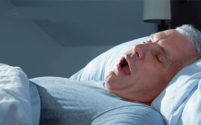 IMG13453492 این نوع خوابیدن موجب بوی بد دهان میشود؟