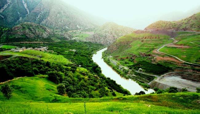 DSC06460 رودخانه خروشان سیروان در اورامانات