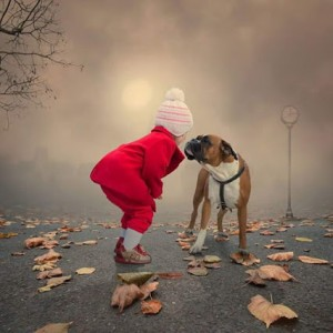 دخترک و سگش 300x300 دخترک و سگش