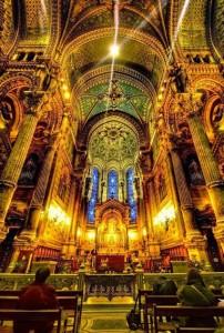 کلیسا در پاریس فرانسه 202x300 کلیسا در پاریس فرانسه
