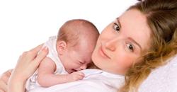 کودک در آغوش مادر مادران شیرده گوشت گوساله نخورند