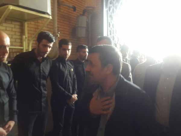 احمدی نژاد و مراسم ختم نوروزی حضور احمدی نژاد در ترحیم کاپیتان پرسپولیس