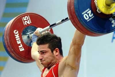 کیانوش رستمی کیانوش رستمی به مدال نقره رسید