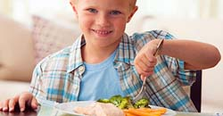 تغذیه کودک پیشنهاد برای تقویت استخوان کودکان